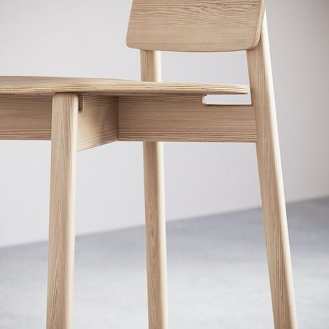5-4.Jasny Bar Stool. Detail - 470