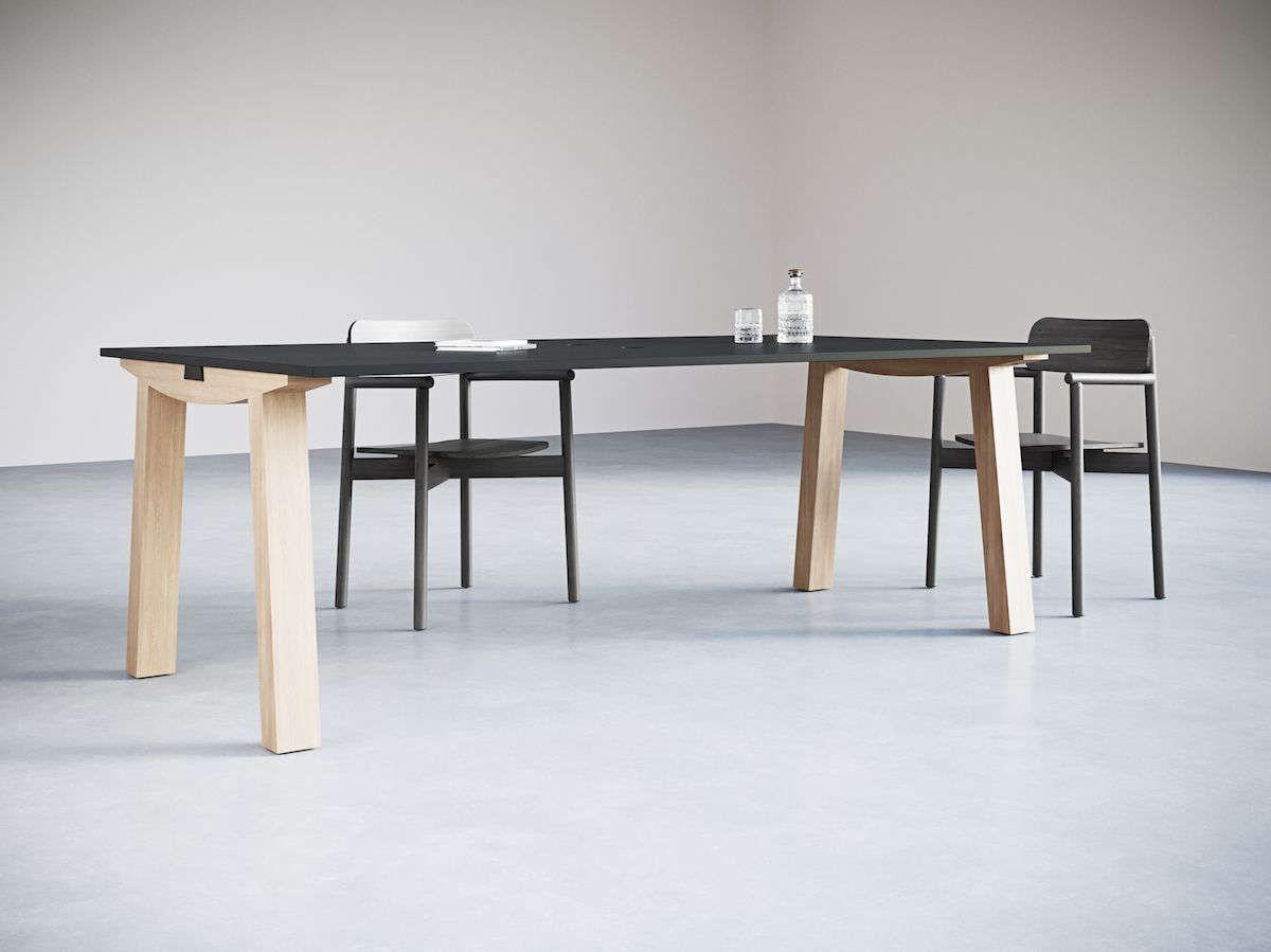 2-3.Wide Dove Desk. Chairs_Objects